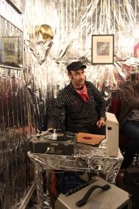 Brezel Görings Shellack Discotheque Galerie Crystal Ball Berlin
