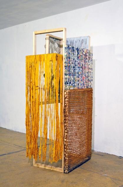 Später Vorhangkasten Gabriele Regiert Galerie Crystal Ball Berlin